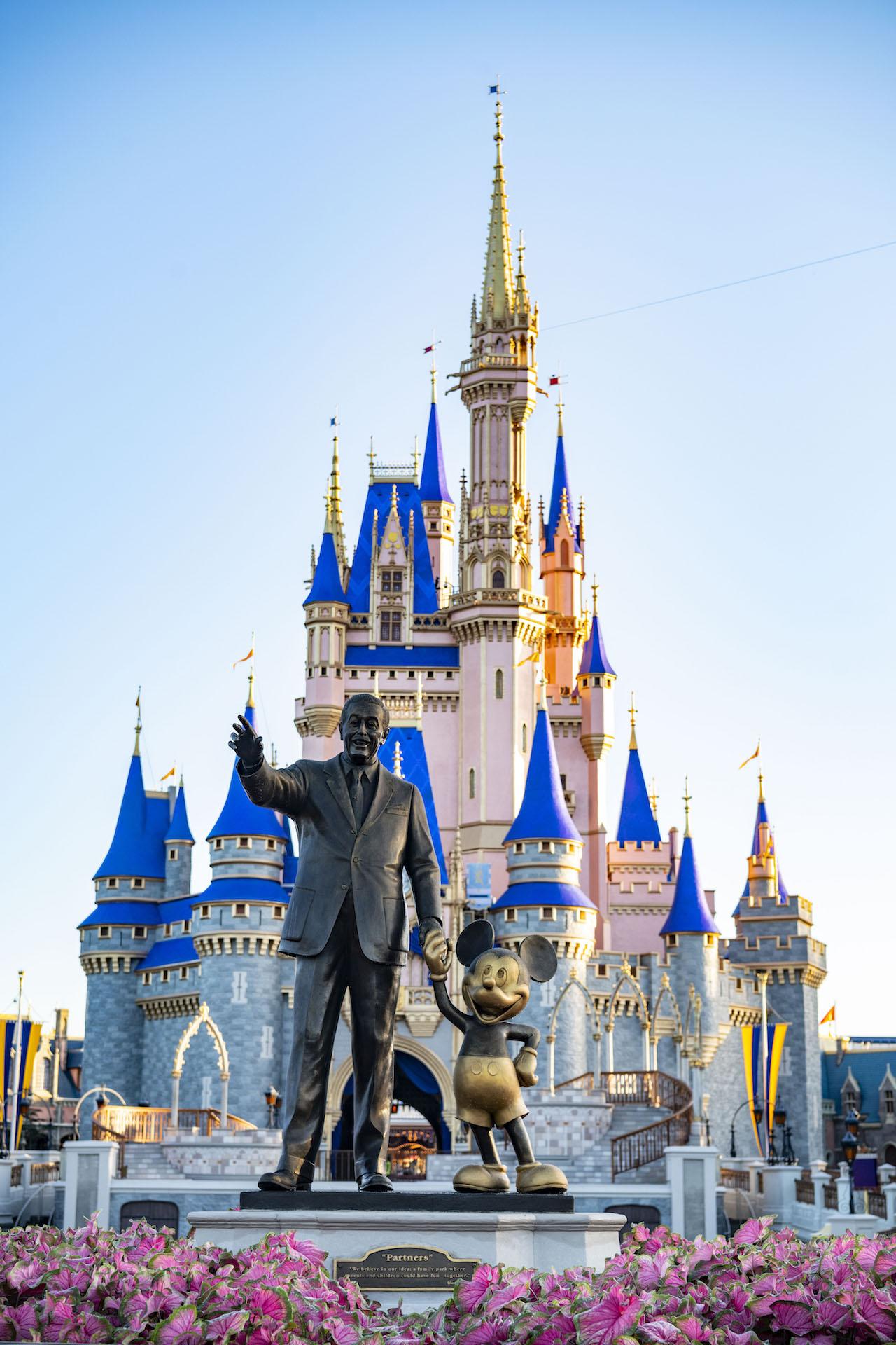 Cinderella Castle Gold New