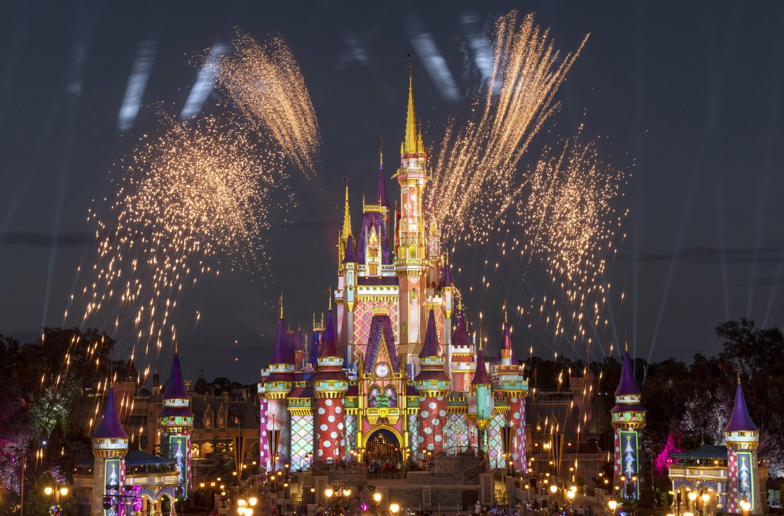 Pyrotechnic Pixie Dust Adds Holiday Cheer to Cinderella Castle